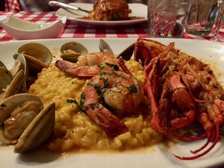 Valentine's Day seafood special at Pazzo Pomodoro