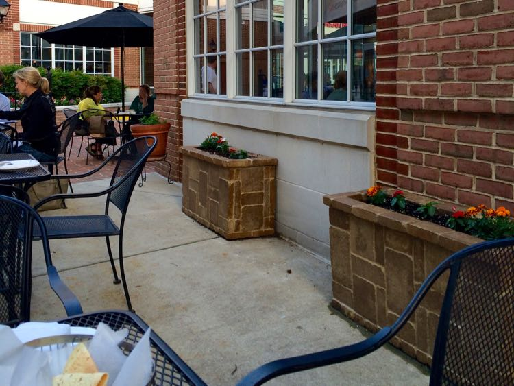 Patio dining at Bollywood Bistro in Old Town Fairfax