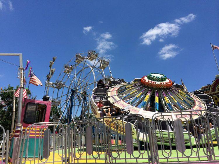 Reston Town Center Carnival rides