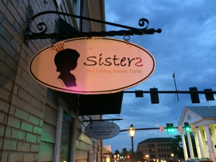 Sisters Thai Living Room Cafe