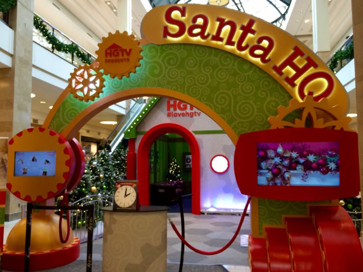 Santa HQ Tysons Corner Center