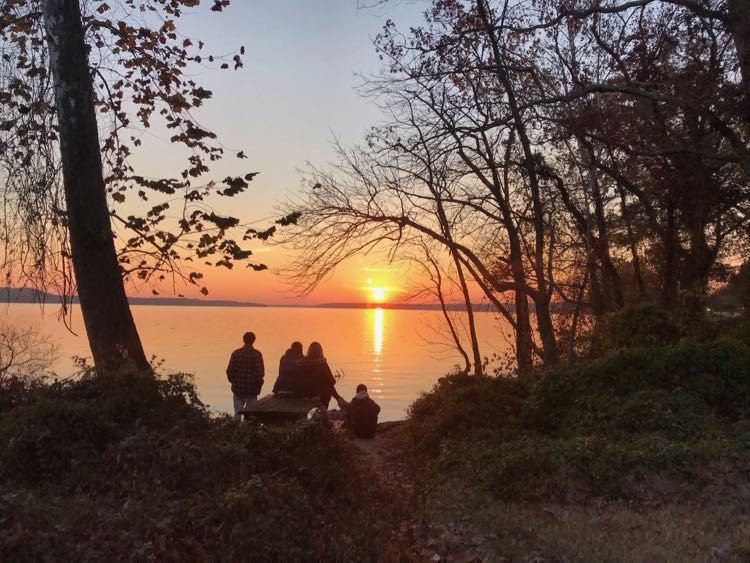 Watch a Potomac River sunset in Northern Virginia at Riverside Park on the George Washington Parkway.
