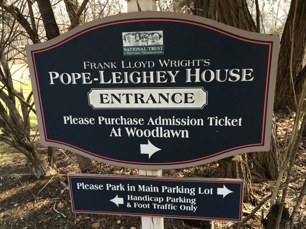Pope-Leighy House entrance sign