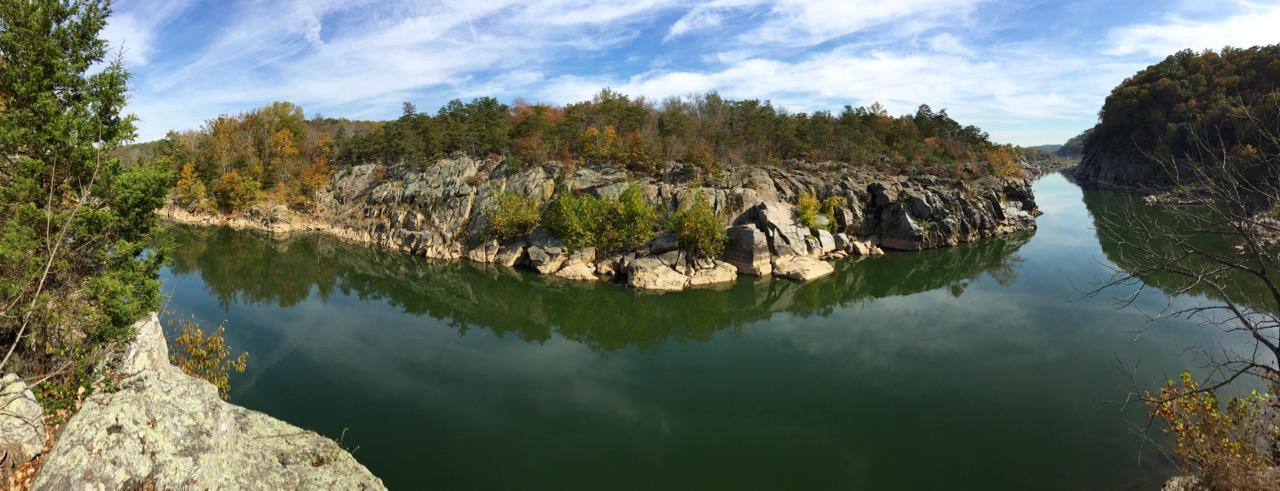 Fall pano Great Falls Park