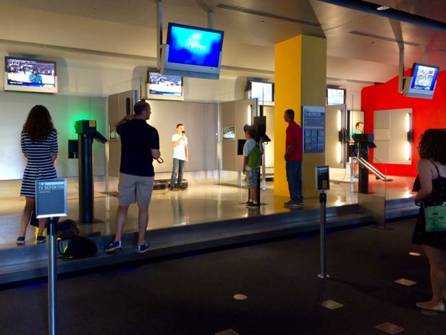 Interactive Newsroom Newseum