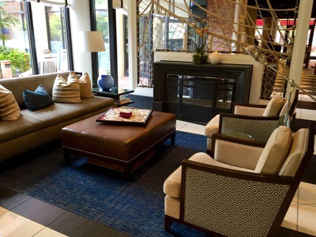 Loews Annapolis Hotel lobby