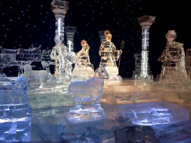 Ice sculpture creche