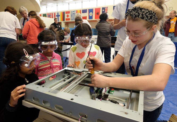 NoVa Mini Maker Faire photo credit Carl Hutzler