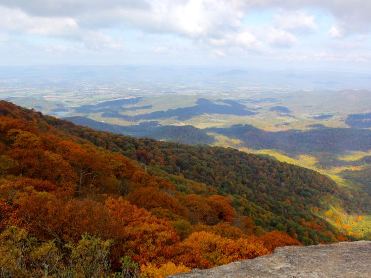 Fall colors from The Pinnacle, Mary's Rock hike