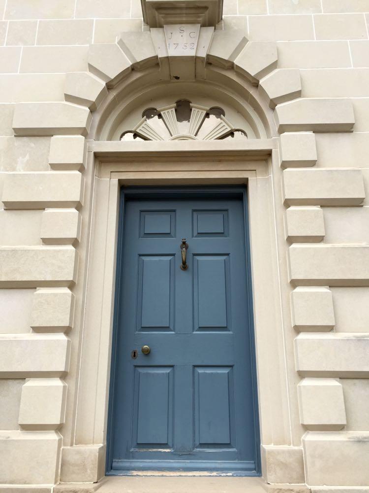 Dorr detail Alexandria's Carlyle House