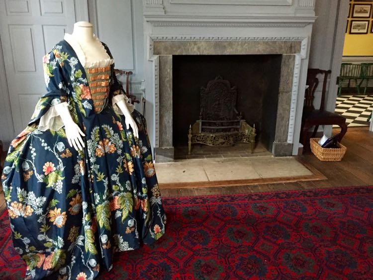 Sarah Fairfax dress Alexandria's Carlyle House