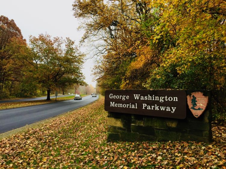 George Washington Memorial Parkway is perfect for a scenic drive neat DC in the fall