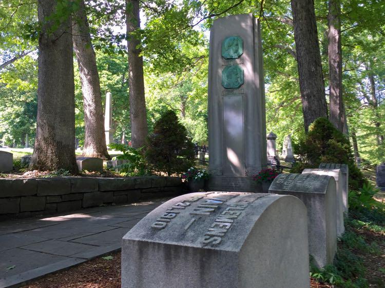 Mark Twain gravesite Elmira NY