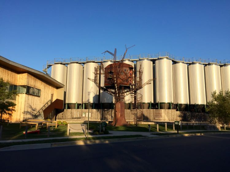 Dogfish Head Brewery treehouse Delaware