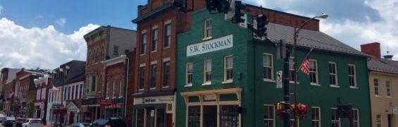 Historic downtown Leesburg getaway Northern Virginia