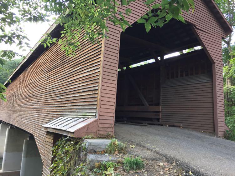 Meems Bottom covered bridge Shenandoah Valley north