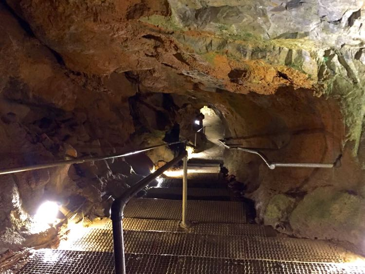 Natural Bridge Caverns entrance Virginia