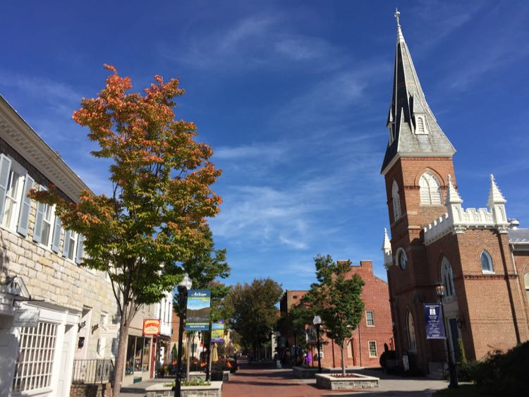 Shop, dine, play, and learn on the Winchester Pedestrian Mall Virginia