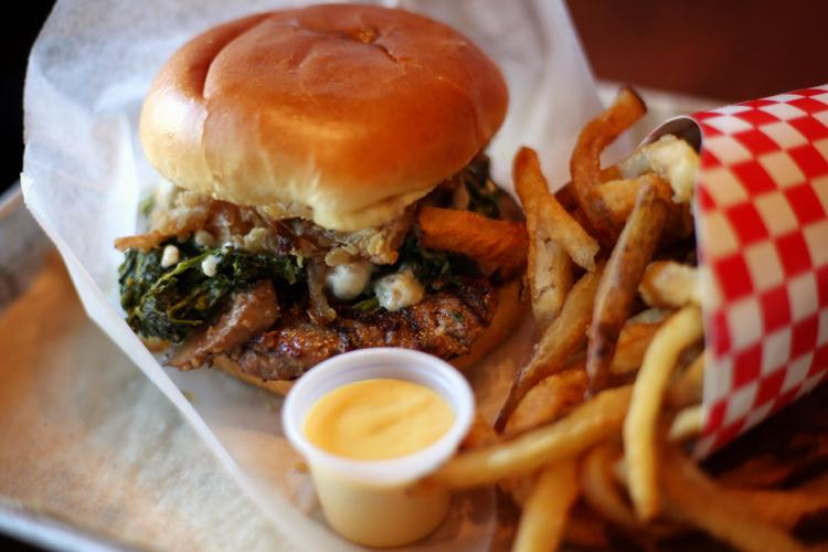 Road Trip Worthy Virginia Burger Restaurants