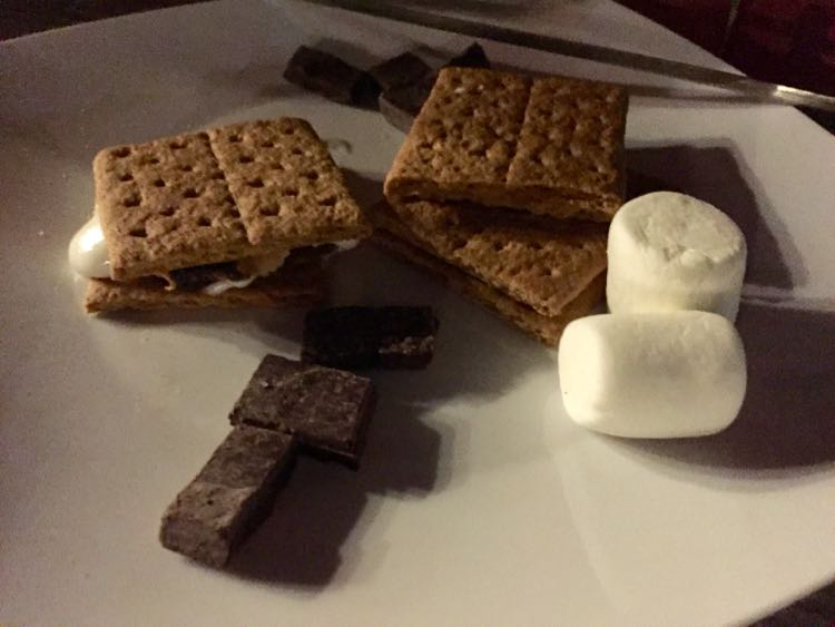 Dogfish Inn smores fixings