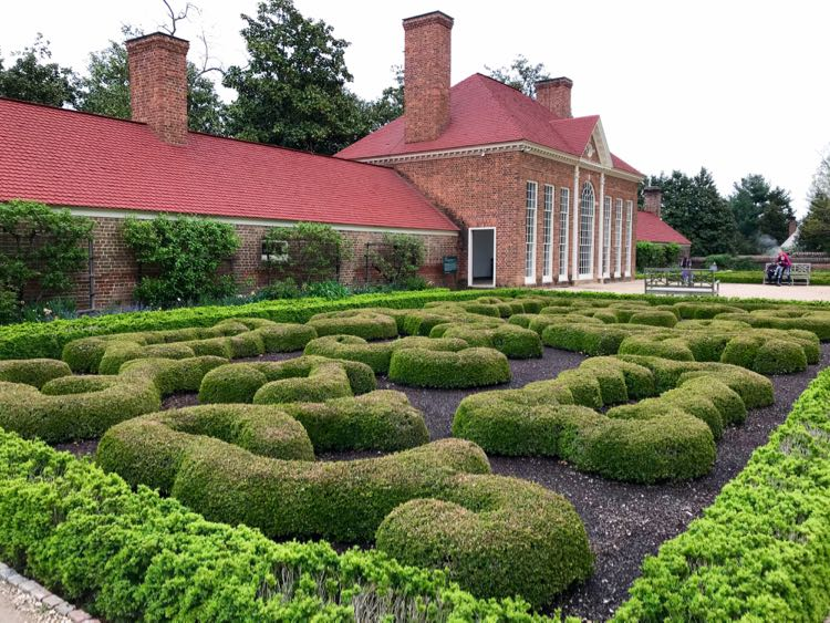 Mount Vernon garden and greenhouse at George Washington's Virginia home