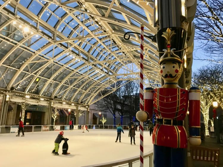 Reston Town Center is just one of the fun ice skating rinks in Northern Virginia for a date night and family-friendly night out.