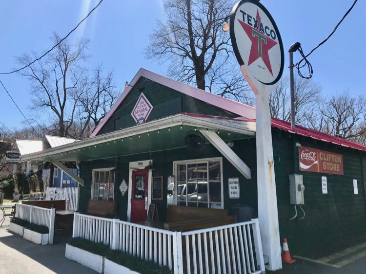 Clifton General Store and Main Street Pub