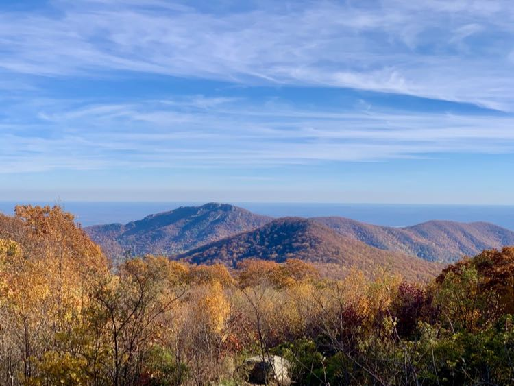 Thorofare Mountain Overlook east view Shenandoah NP