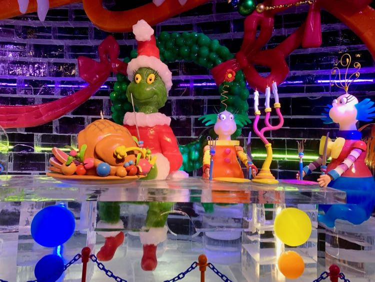 ICE Grinch carves the roast beast at Gaylord National Harbor