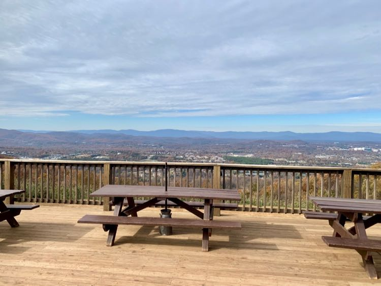 Enjoy a meal with a view at Carter Mountain