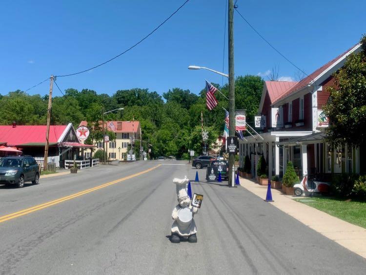 Main Street, Clifton Virginia