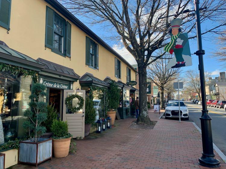 Middleburg holiday shops