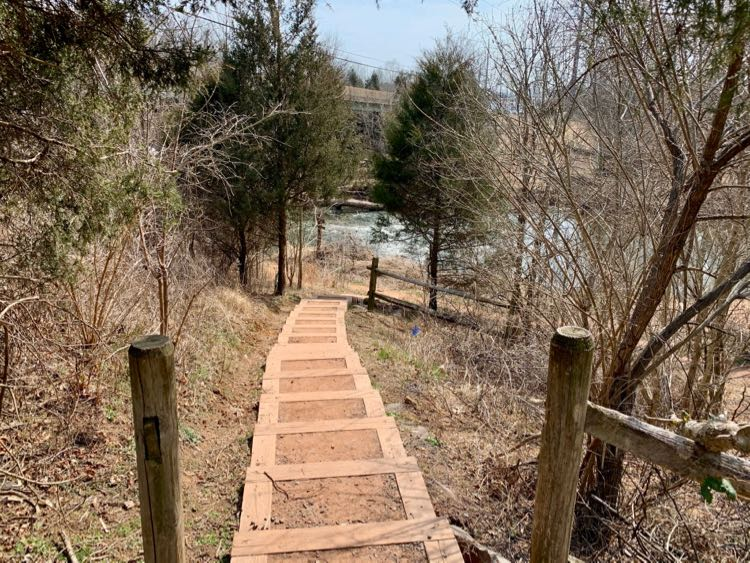 Steps to BROT at Route 28