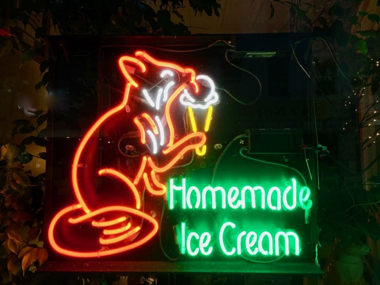 Red Fox Creamery sign