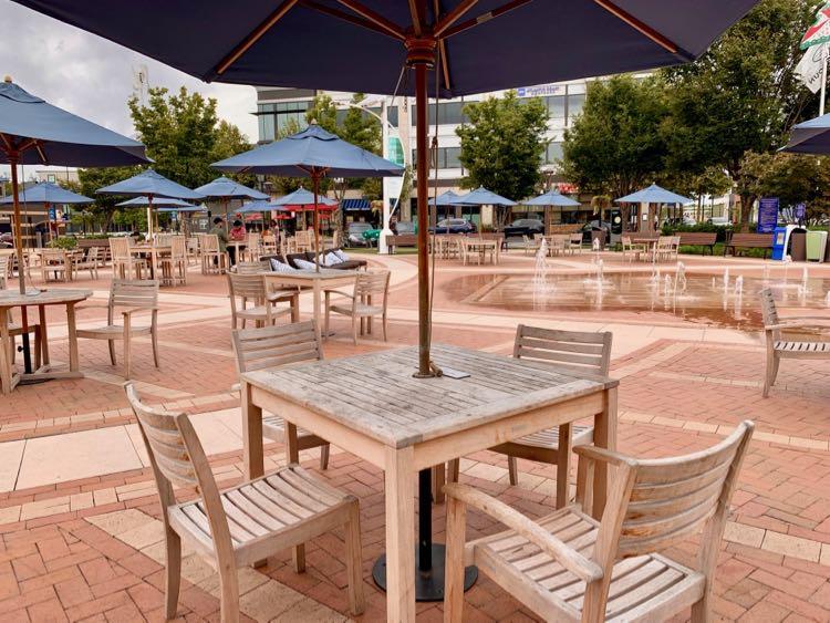 The plaza at One Loudoun in Ashburn Virginia